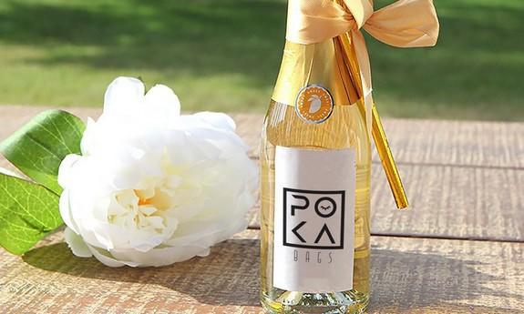 szampany i wina z logo